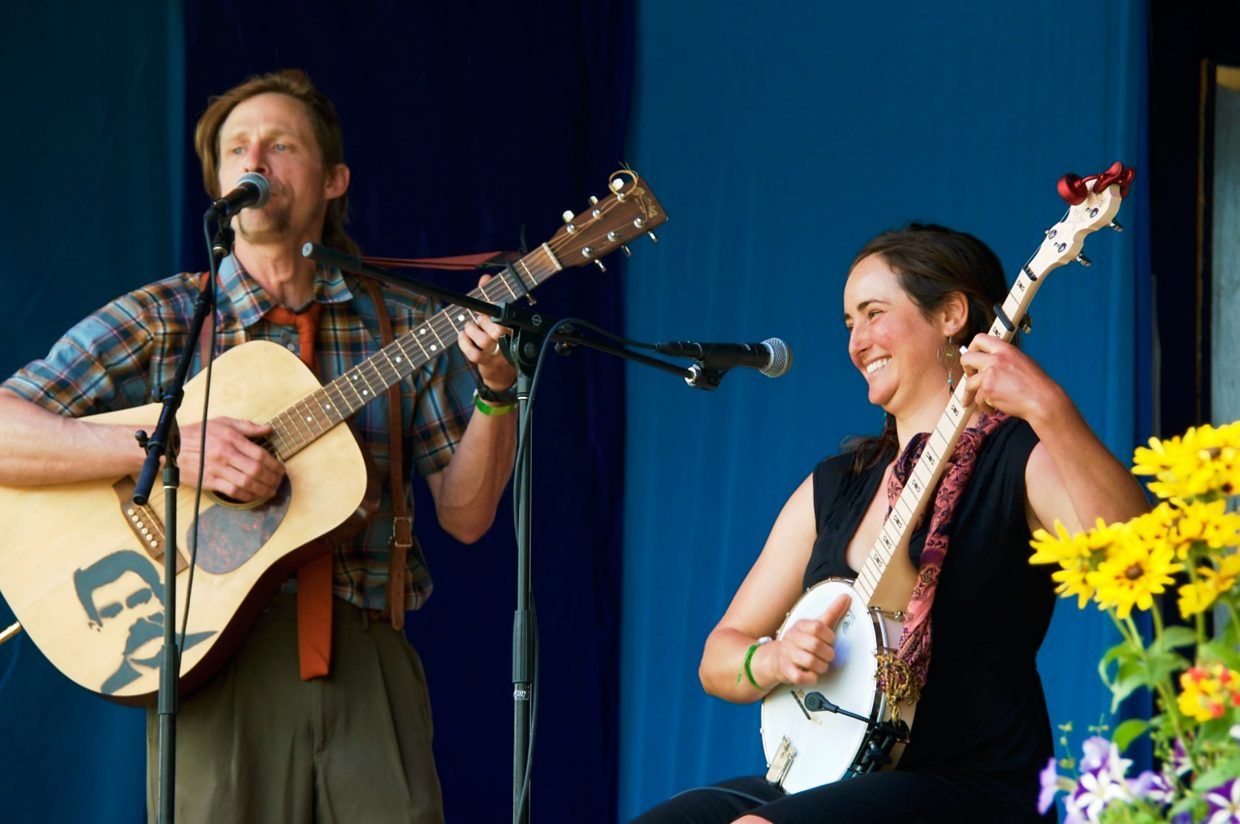 Bluegrass band Saddle the Unicorn plays at Carbondale's Mountain Fair on Sunday afternoon.