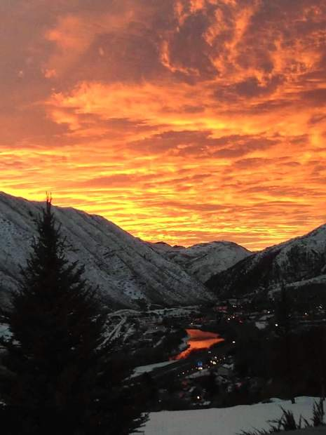 Sunset view from Lesyle Hoover's kitchen window in Glenwood Springs. #postsnaps