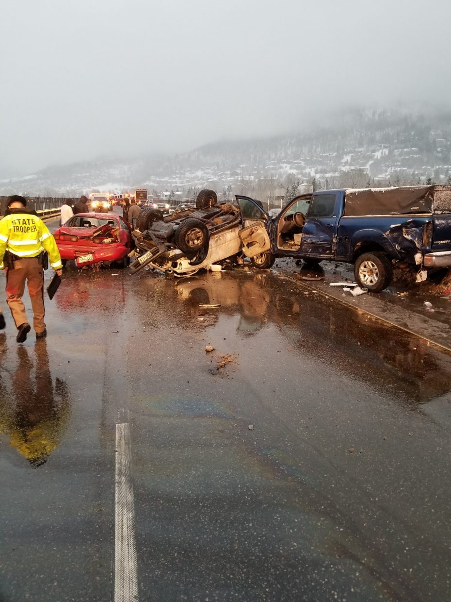 Injury crash closed eastbound I-70 at Eagle-Vail Friday
