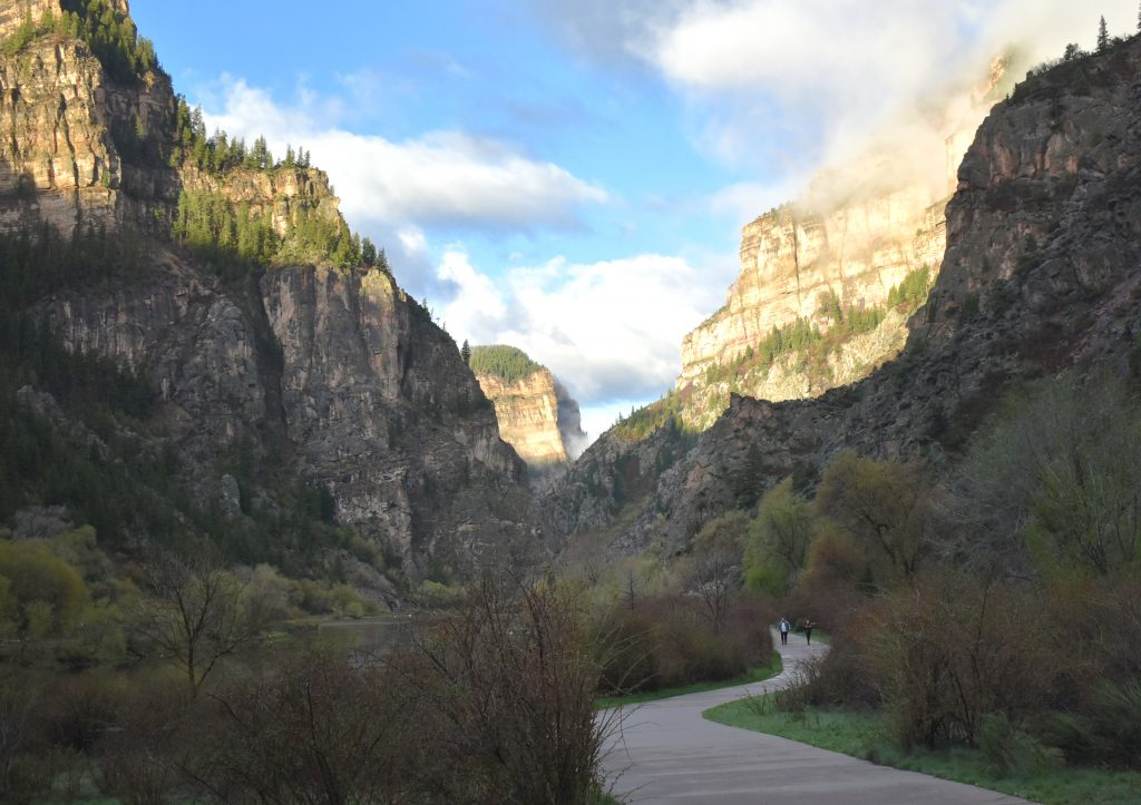 Hikers on the path leading to the Hanging Lake trailhead.